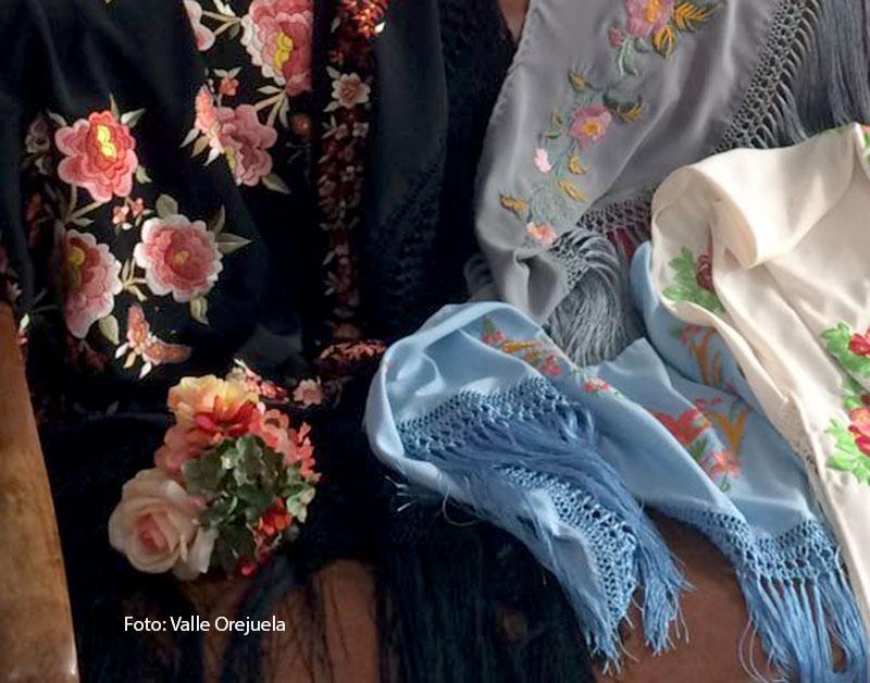 Valle Orejuela, bordadora sevillana