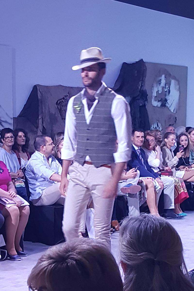 D`Etiqueta Novios. Desfile de Comercios Aragoneses en la I Aragón Fashion Week 2018