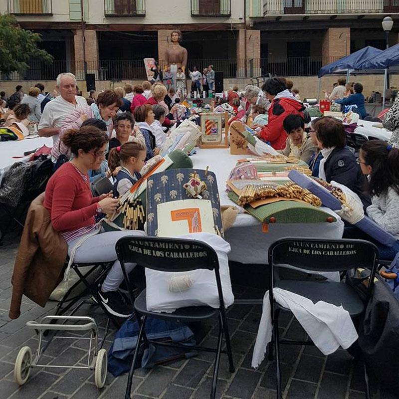 1º Encuentro de Bolillos Villa de Ejea, 9-09-2017. Foto: Ayuntamiento de Ejea de los Caballeros