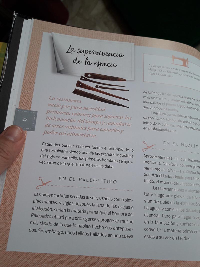 Libro del programa Maestros de la Costura