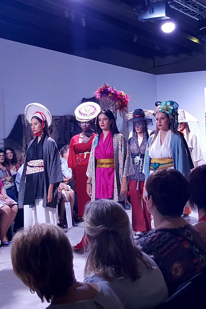 Araceli Sancho Hat Couture. Desfile de Comercios Aragoneses en la I Aragón Fashion Week 2018