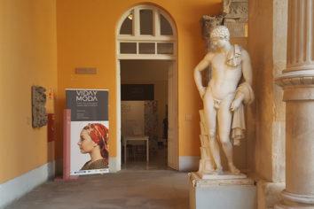 """""""Moda y Vida"""", exposición sobre indumentaria tradicional en el Museo de Zaragoza"""