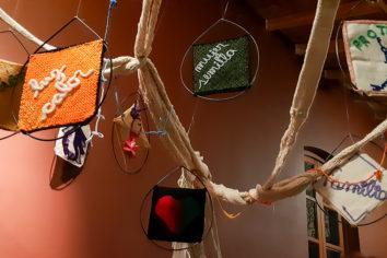 `Savia de mujer´, muestra de arte textil de Sapikuna en la Universidad de Tucumán (Argentina)