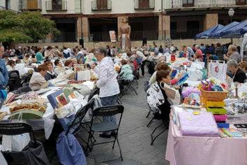Ejea celebra su tercer Encuentro de Bolillos