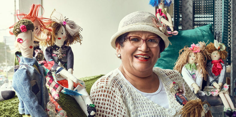 Julia Amelia Castro Morales: muñecas upcycling personalizadas para todo el planeta