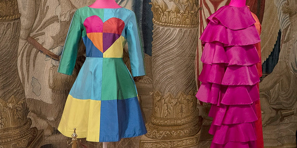 Balenciaga y Ágatha Ruiz de la Prada en «La seda. Del origen al futuro por la Ruta de la Seda»