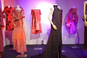 Tres décadas de diseño en «Mercedes de Miguel. El arte de vestir». Sala Ondare (Bilbao)